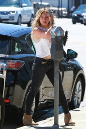 Hilary Duff Style - Out in Beverly HIlls - August 2014