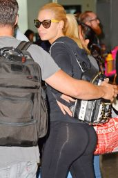 Iggy Azalea Booty in Tights at LAX Airport in Los Angeles, August 2014