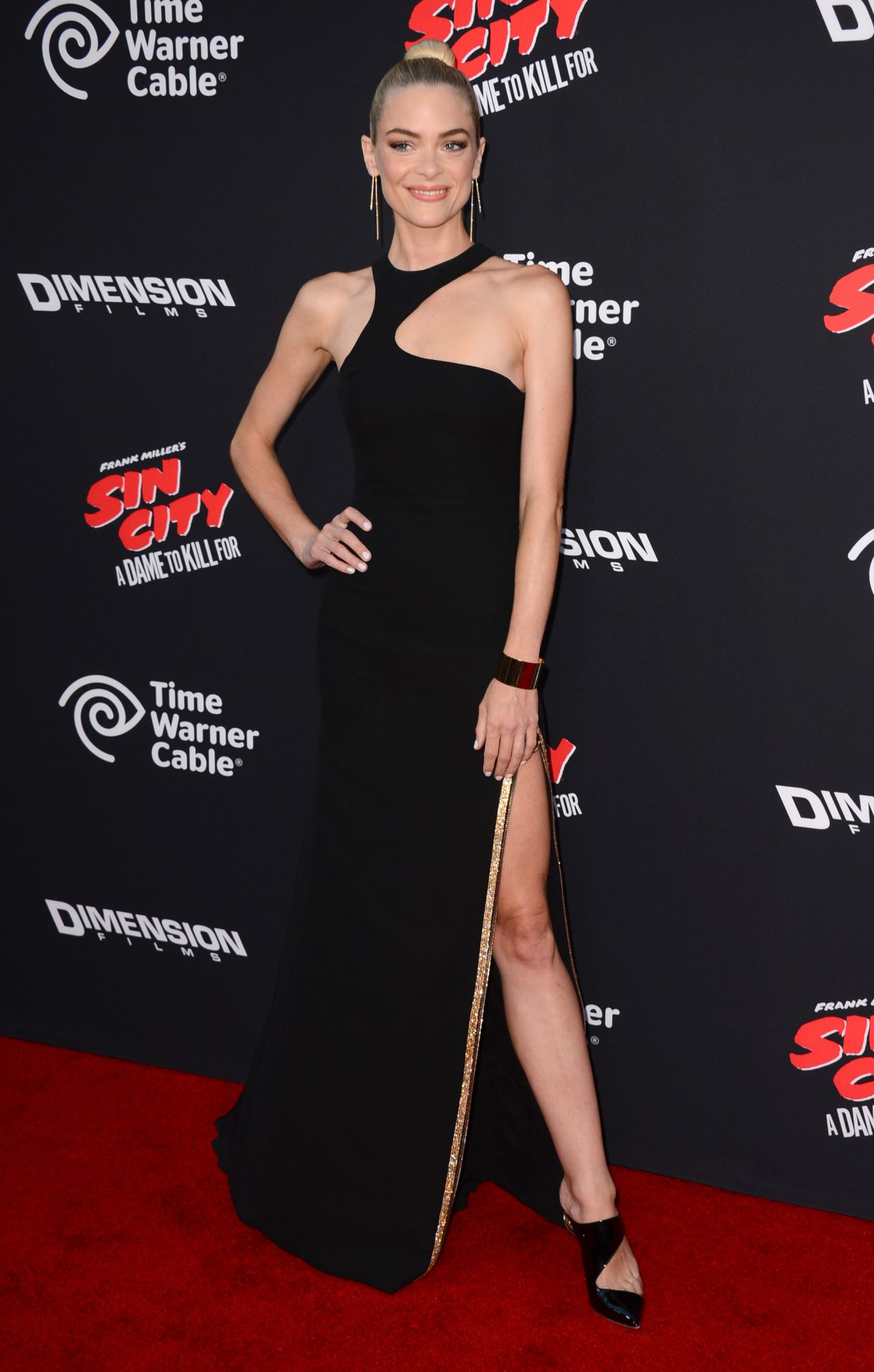 Jaime King – 'Sin City A Dame To Kill For' Premiere in Los Angeles