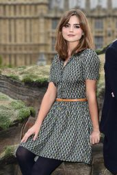 Jenna-Louise Coleman - Doctor Who 08x01
