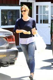 Jennifer Garner Out in Brentwood, August 2014