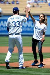 Jessica Alba - First pitch at Brewers vs Dodgers Baseball Game in Los Angeles - Aug. 2014