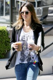 Jessica Alba Out in Beverly Hills, August 2014
