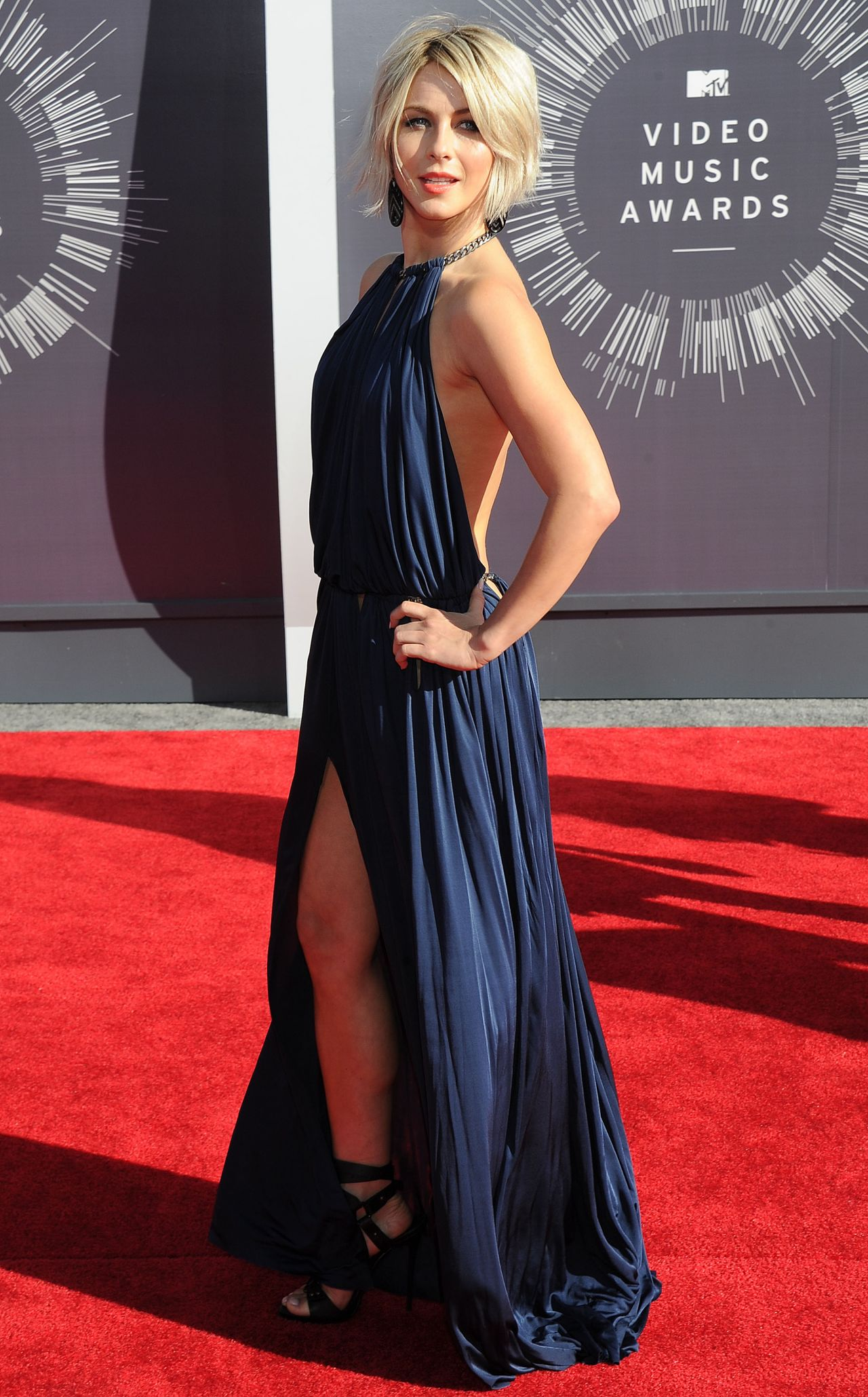 Julianne Hough - 2014 MTV Video Music Awards in Inglewood