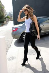 Kate Beckinsale Style - Tavern Restaurant in Brentwood, August 2014