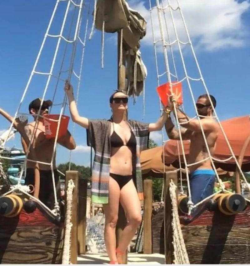 Katy Perry - Ice Bucket Challenge