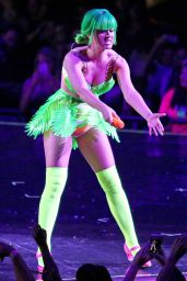 Katy Perry Performs at