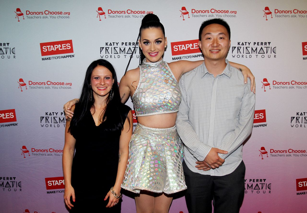 Katy perry staples donorschoose meet and greet august 2014 katy perry staples donorschoose meet and greet august 2014 m4hsunfo