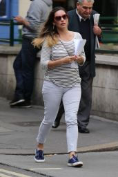 Kelly Brook Street Style - Out in London, August 2014