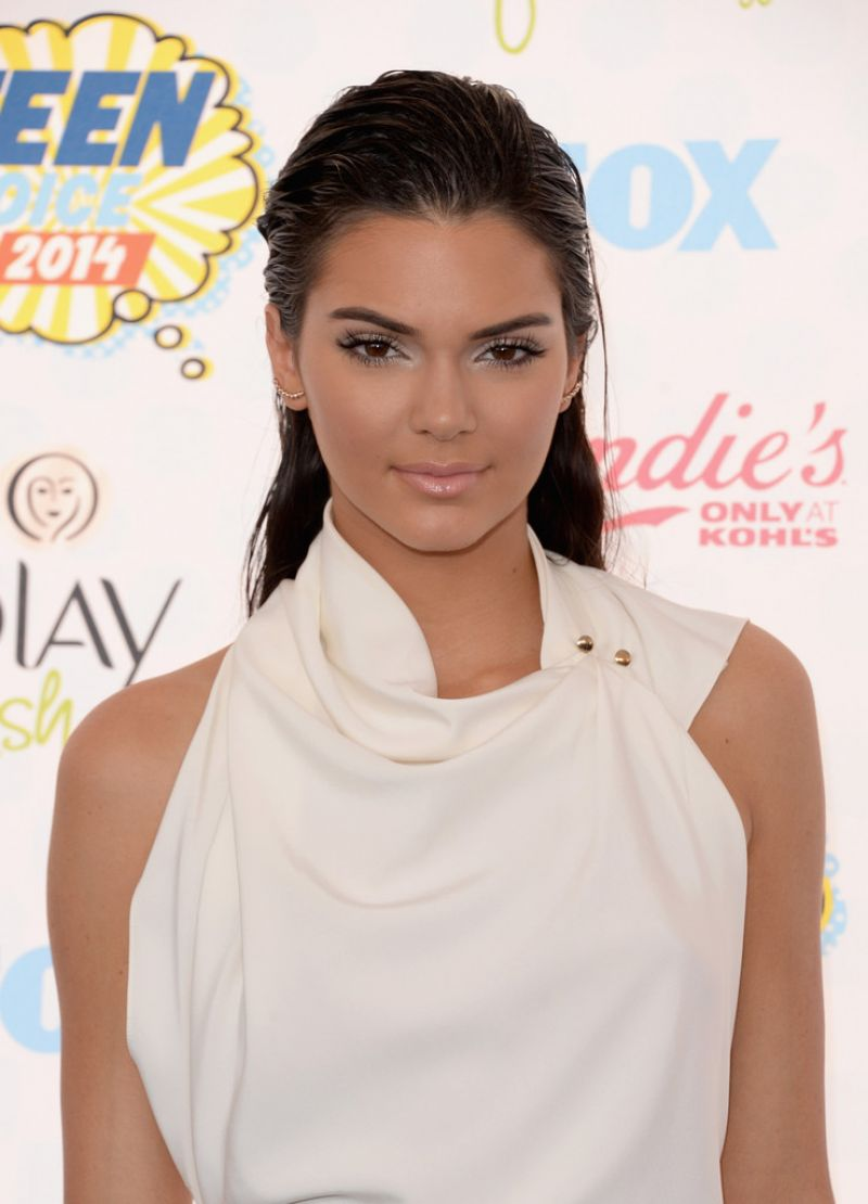 Kendall Jenner – Teen Choice Awards 2014 in Los Angeles