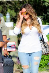 "Khloe Kardashian - On the set of ""Royal Pains"" in Westhampton, New York"
