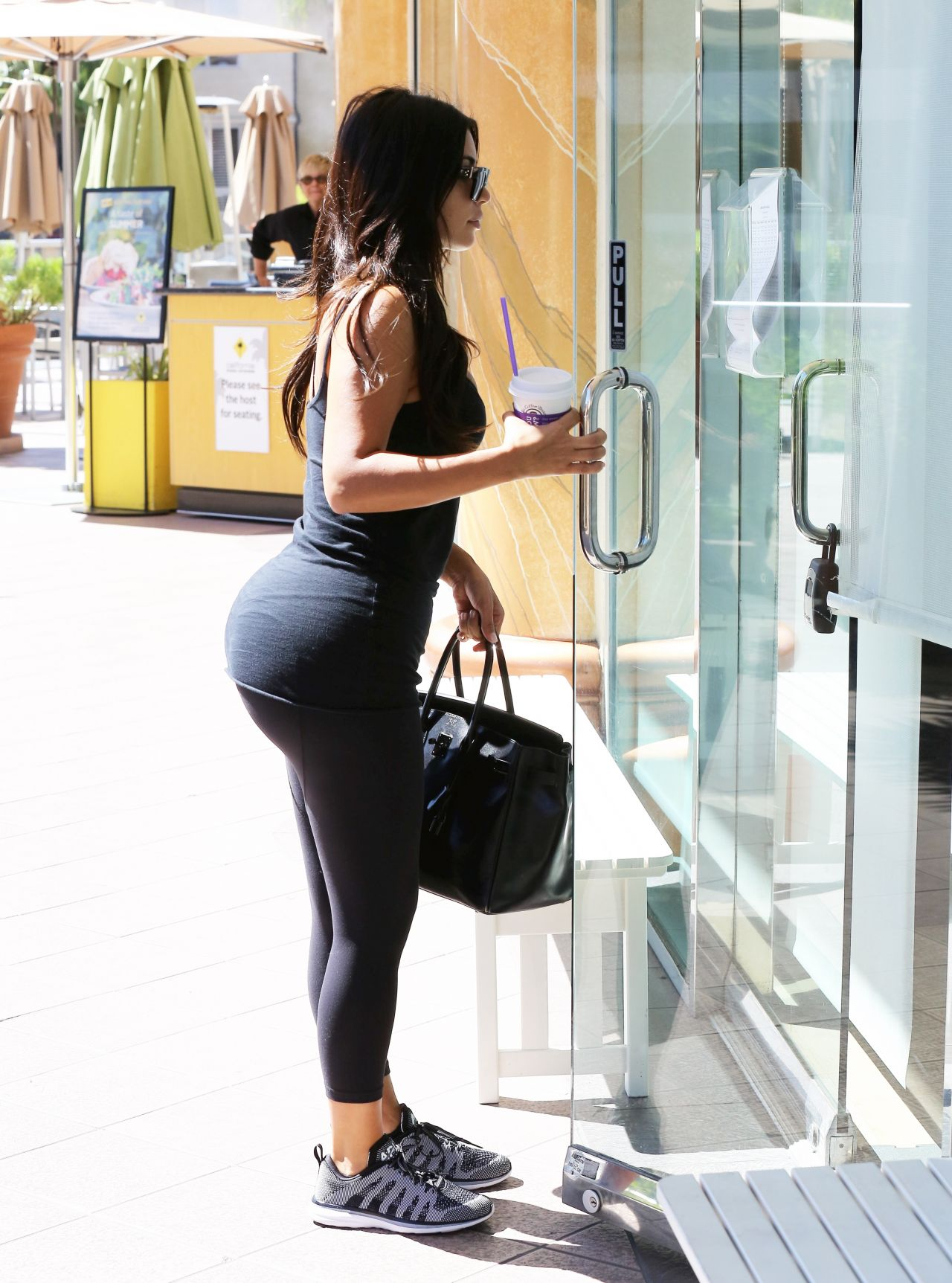 Kim Kardashian in Tights – Going to a Gym in Calabasas – August 2014