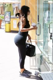 Kim Kardashian in Tights - Going to a Gym in Calabasas - August 2014