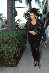 Kim Kardashian - Outside a Restaurant in Los Angeles - August 2014
