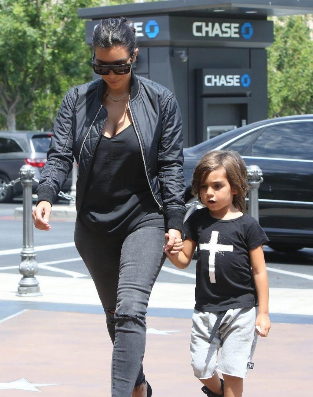 Kim Kardashian Street Style - Going to a Movie Theater in ...