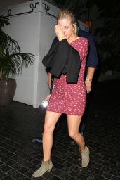 Kristen Wiig Night Out Style - Outside the Chateau Marmont in West Hollywood - August 2014