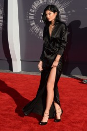 kylie-jenner-2014-mtv-video-music-awards-in-inglewood_1