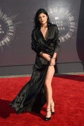 kylie-jenner-2014-mtv-video-music-awards-in-inglewood_2
