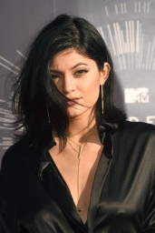 kylie-jenner-2014-mtv-video-music-awards-in-inglewood_5