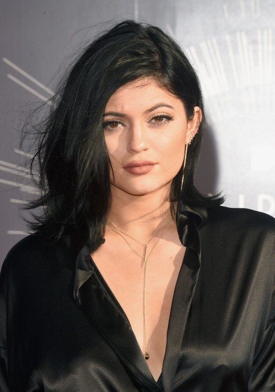 kylie-jenner-2014-mtv-video-music-awards-in-inglewood_6