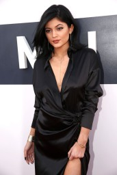 kylie-jenner-2014-mtv-video-music-awards-in-inglewood_8