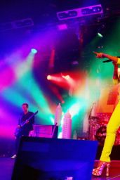 Lily Allen Performs at Hordern Pavillion in Sydney - July 2014