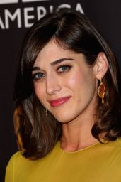 Lizzy Caplan – 2014 BAFTA Los Angeles TV Tea Presented by BBC America And Jaguar
