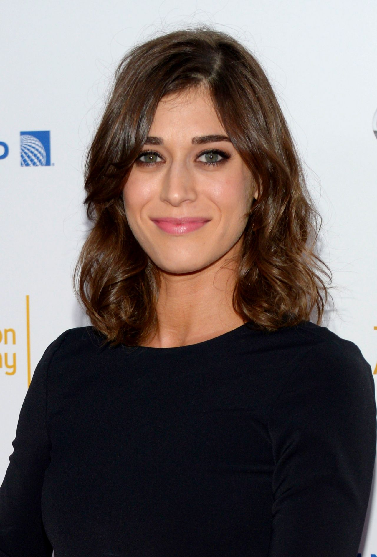 Lizzy Caplan 2014 Emmy Awards Performers Nominee Reception