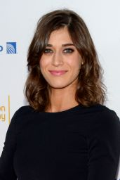 Lizzy Caplan – 2014 Emmy Awards Performers Nominee Reception