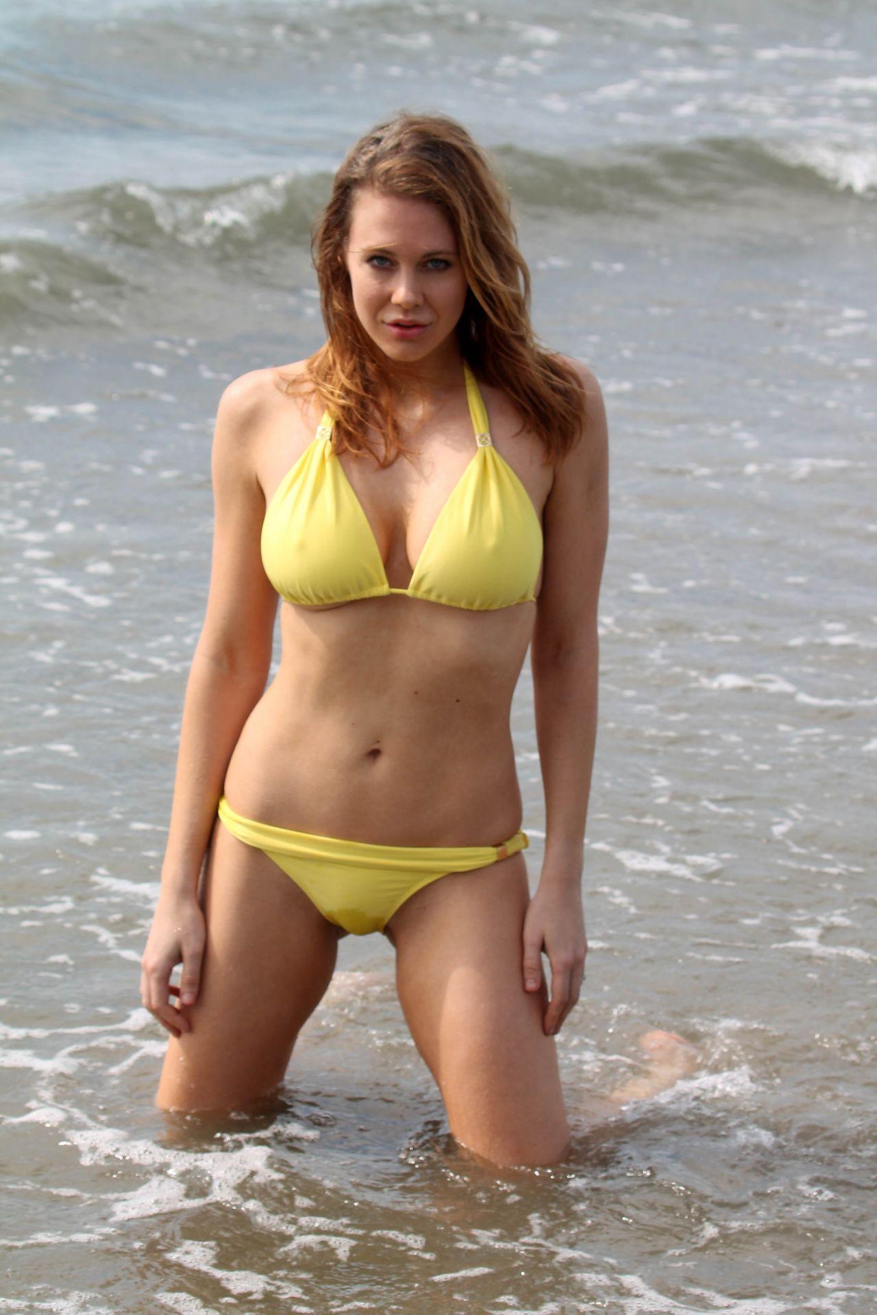 Maitland Ward Bikini Pics Beach In Marina Del Rey July