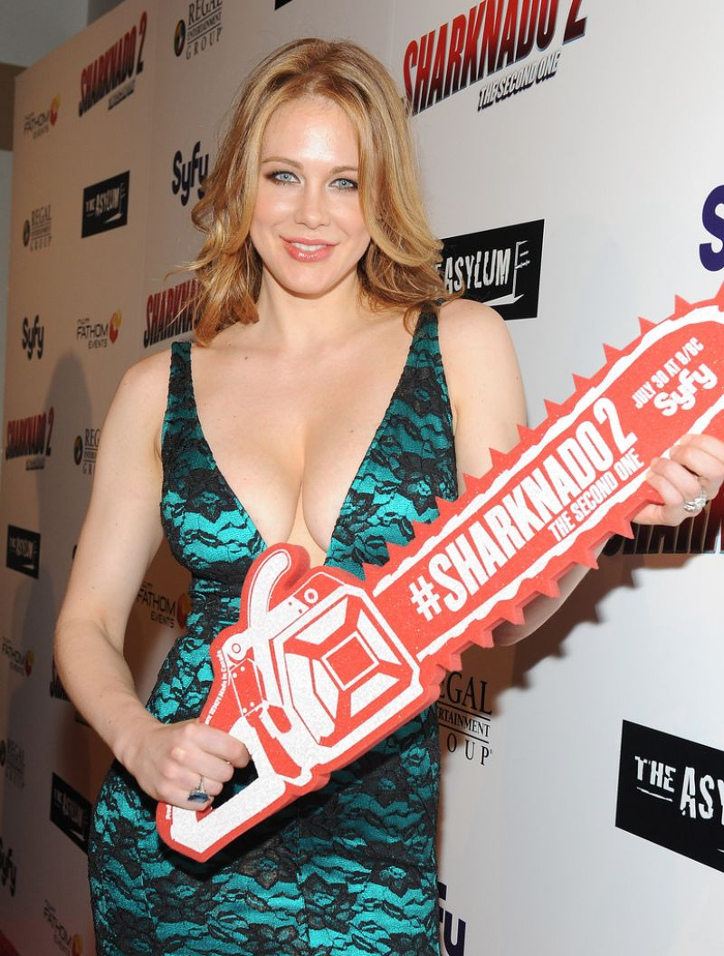 Maitland Ward – 'Sharknado 2: The Second One' Premiere in Los Angeles