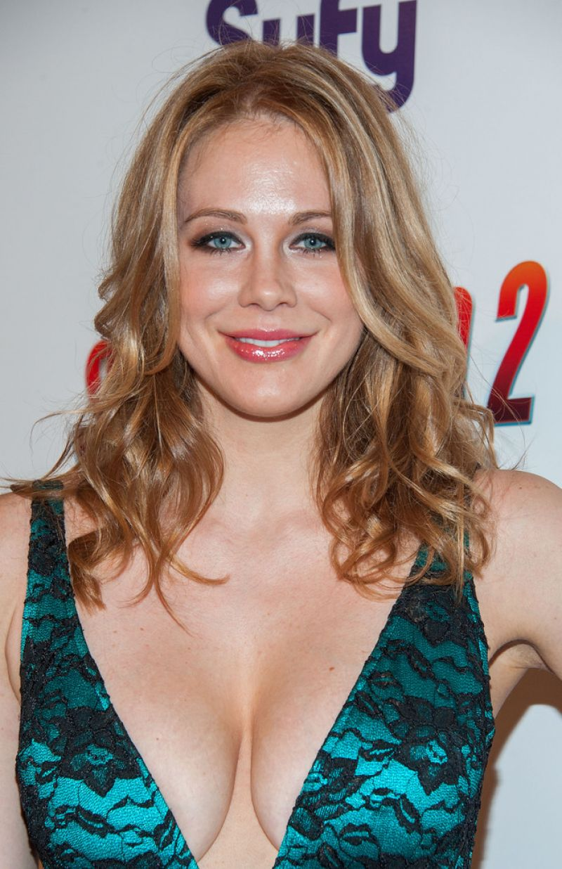Maitland Ward Sharknado 2 The Second One Premiere In