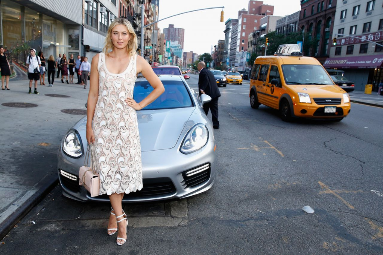 maria sharapova 2014 fashion targets breast cancer event in new york city. Black Bedroom Furniture Sets. Home Design Ideas