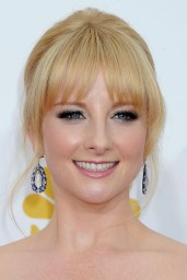 melissa-rauch-2014-primetime-emmy-awards-in-los-angeles_12