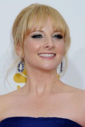 melissa-rauch-2014-primetime-emmy-awards-in-los-angeles_8