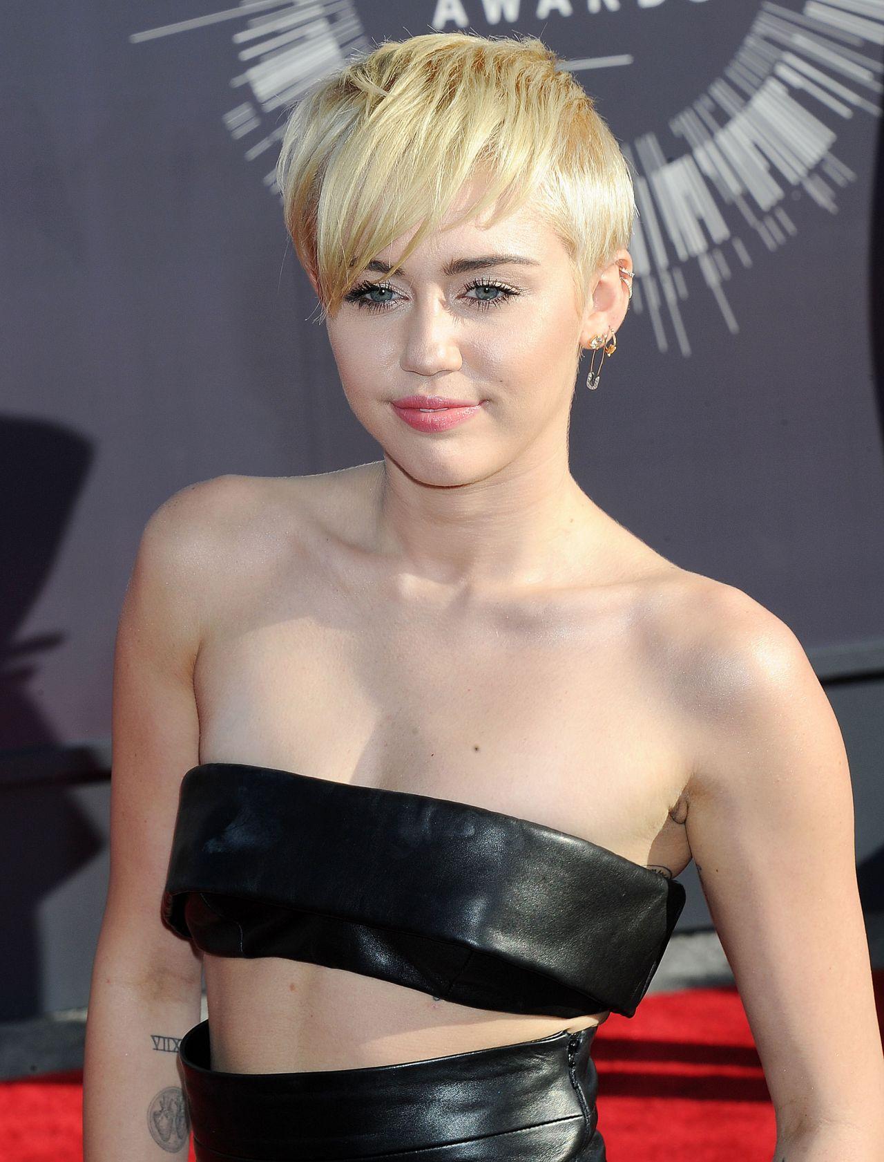 Miley Cyrus Vma Nude Pics