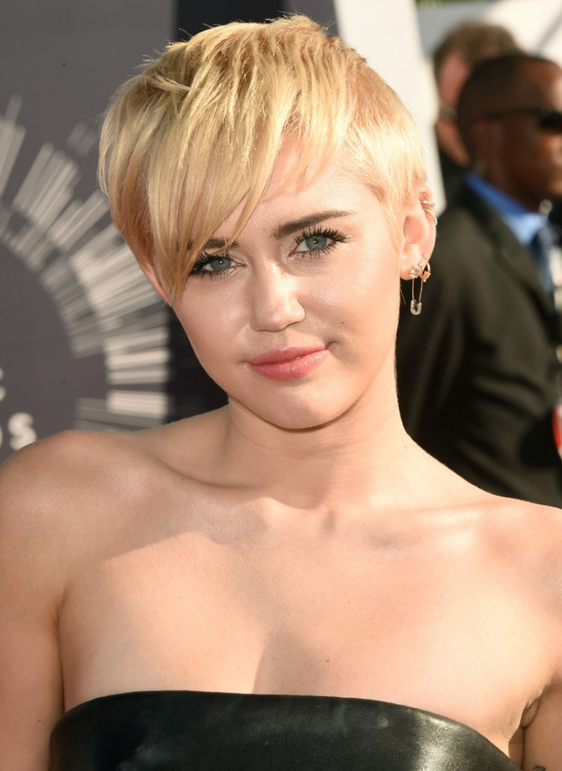 Miley Cyrus 2014 Mtv Video Music Awards In Inglewood
