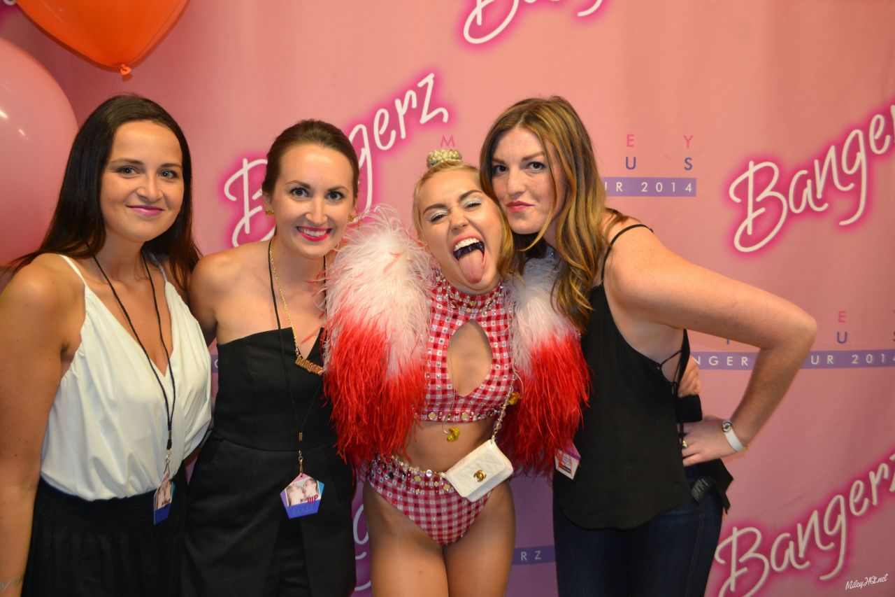 Miley Cyrus Meet Greet At United Center In Chicago August 2014