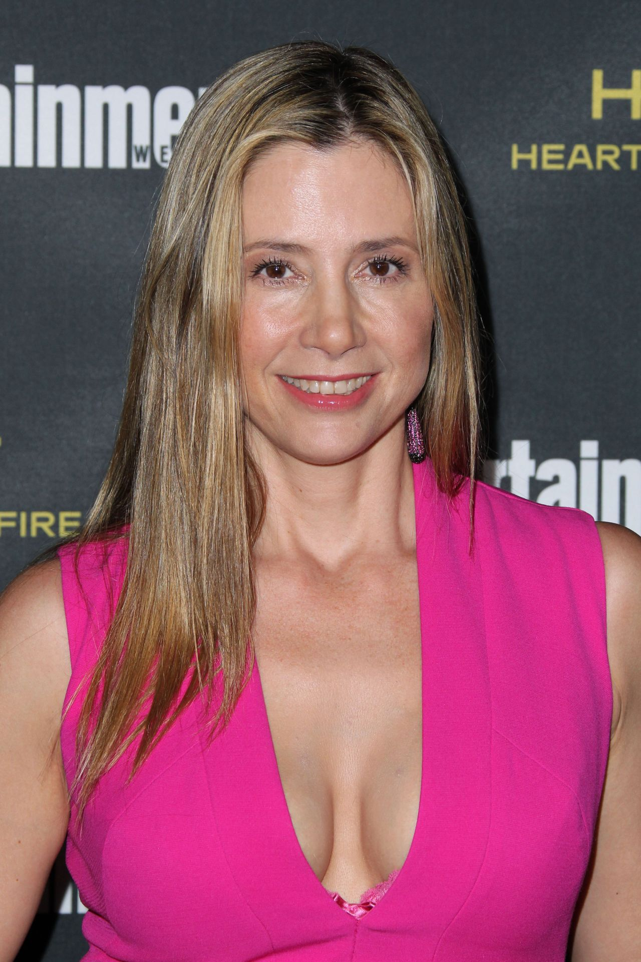 Mira Sorvino Entertainment Weekly S Pre Emmy 2014 Party