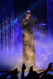 Natalia Jimenez Performs at Telemundo's Premios Tu Mundo Awards (2014)