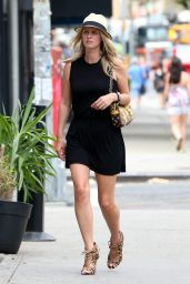 Nicky Hilton Street Style - Out in New York City, August 2014