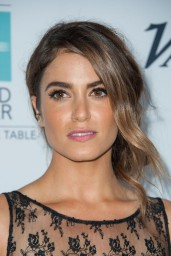 nikki-reed-beyond-hunger-gala-august-2014_1