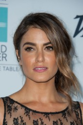 nikki-reed-beyond-hunger-gala-august-2014_2