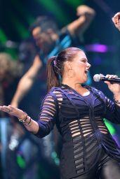 Olga Tanon – 2014 Telemundo's Premios Tu Mundo Awards