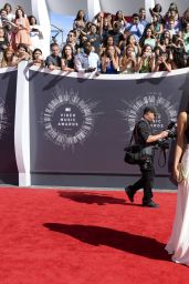 Olivia Culpo – 2014 MTV Video Music Awards in Inglewood