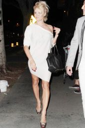 Pamela Anderson Night Out Style - Out in Los Angeles, August 2014