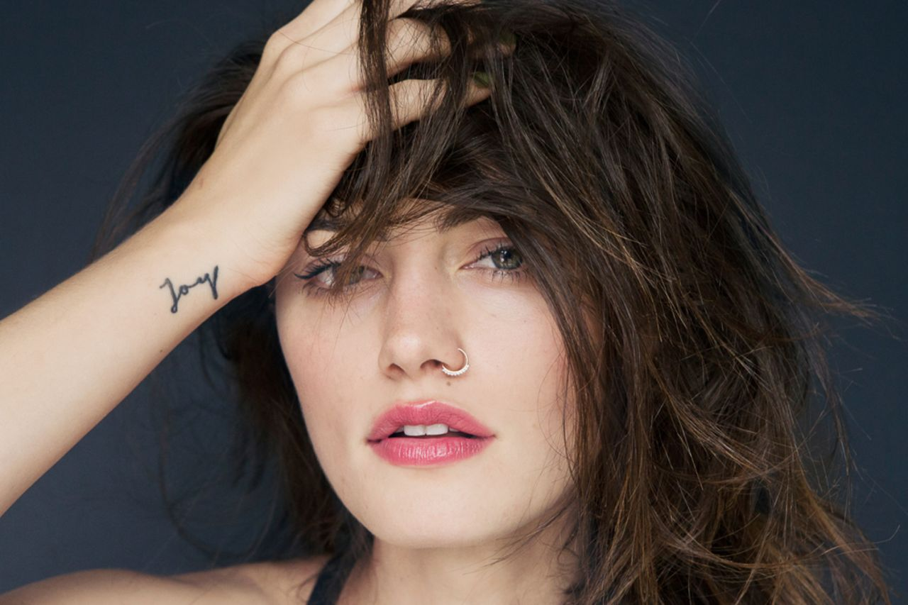 Phoebe Tonkin Photoshoot - Into the Gloss
