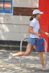 Pippa Middleton Street Style - Kings Road, August 2014