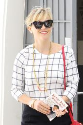 Reese Witherspoon Style - Leaving Her Office in Beverly Hills, August 2014