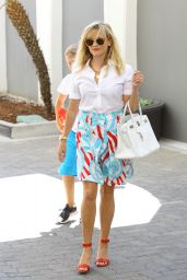 Reese Witherspoon Style - Out in Beverly Hills, August 2014